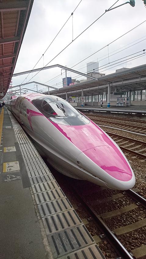 ハローキティ新幹線!
